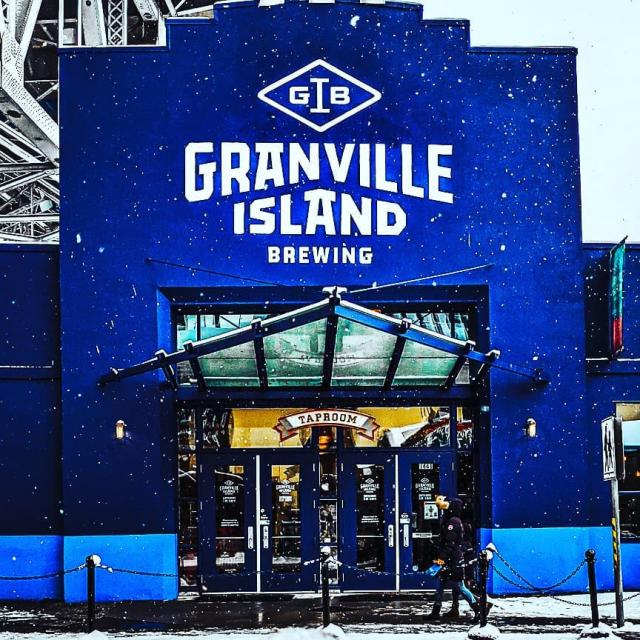 Snow days can slow down the rest of Vancouver, but everyone knows #granvilleisland is built different.  orders.gib.ca for some say day delivery, just order before 4pm and enjoy before as the weekend hits!  #gib #vancouver #craftbeer #delivery #localcraft #local #snow #vancity   Photos credit @backpackingcraic