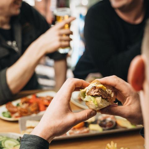It's #nationalburgerday, do you know what pairs well with burgers... BEER! .  Order online for delivery and curbside pickup! . #granvillebeer #granvilleislandbrewing #granvilleisland #bcbeer
